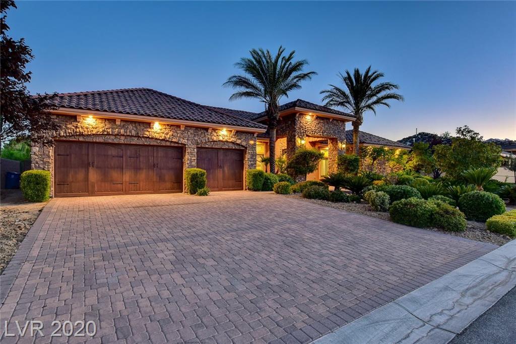 8031 Springbuck Court Property Photo - Las Vegas, NV real estate listing