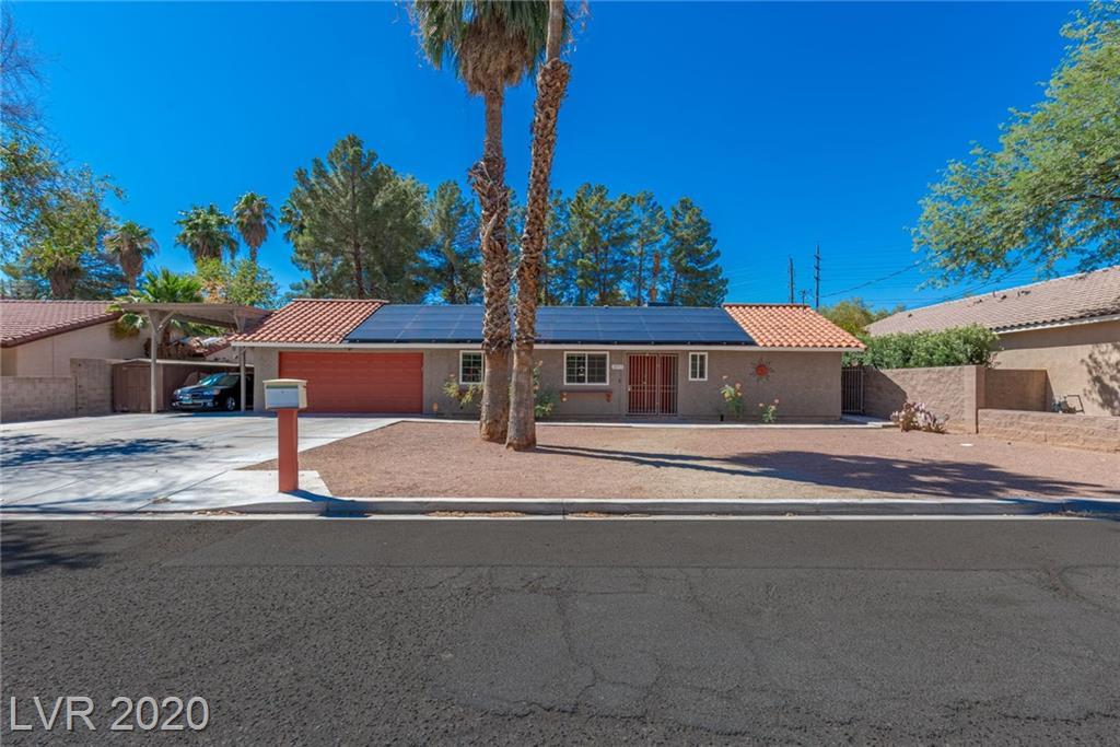 3353 E Rochelle Avenue Property Photo