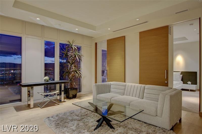 3750 S Las Vegas Bl Boulevard #3811 Property Photo