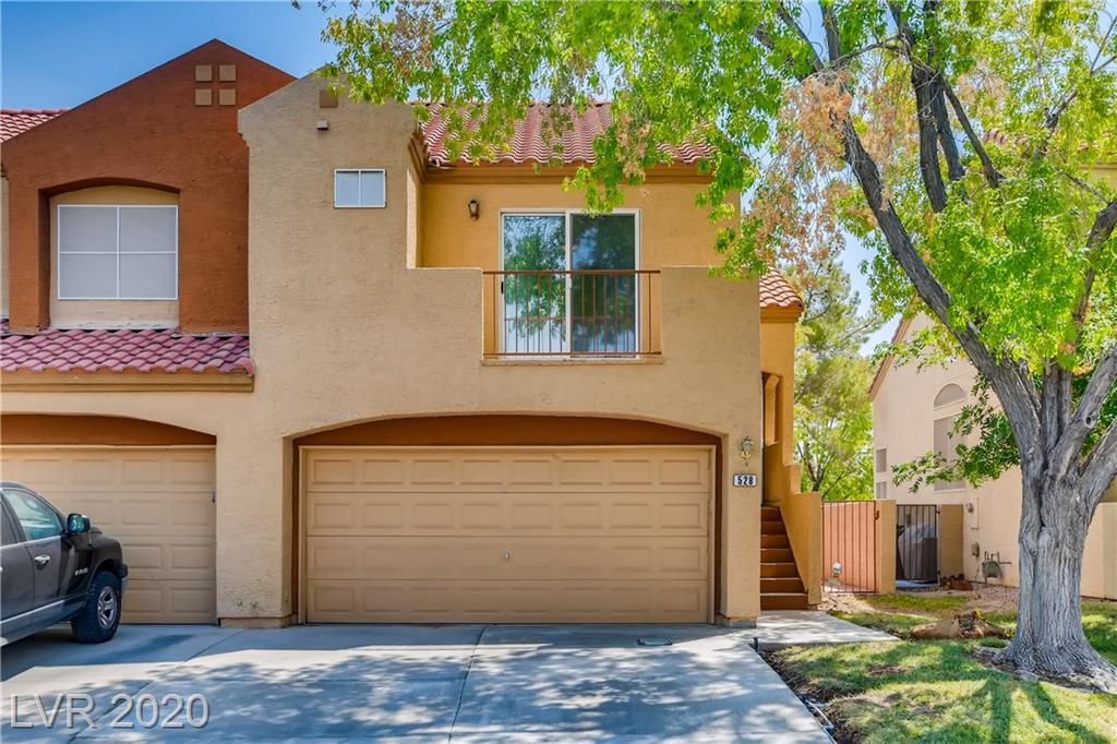 528 Brightwater Street Property Photo - Henderson, NV real estate listing