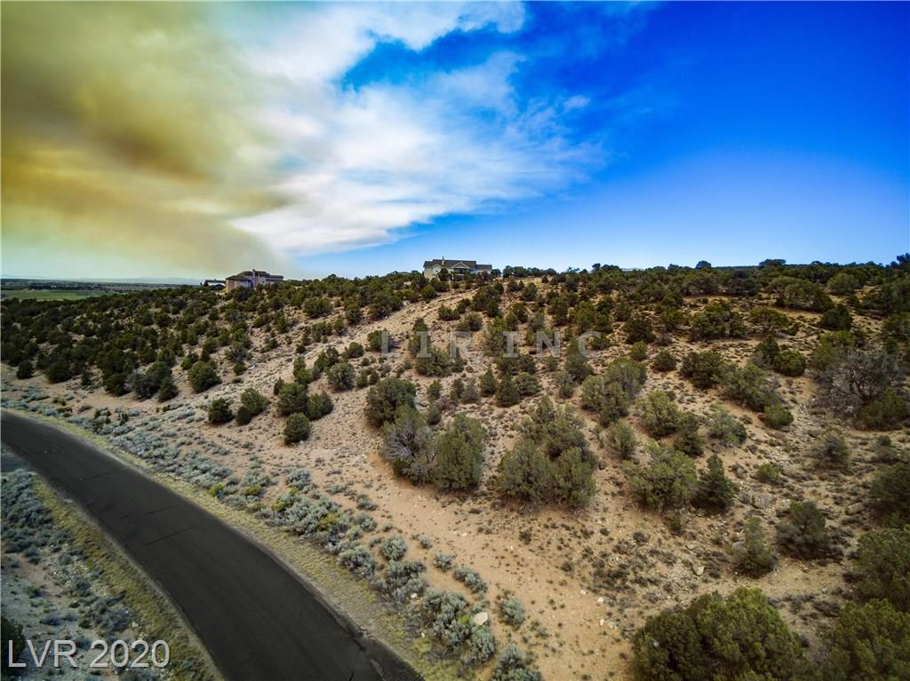 1085 S Canyon Drive Property Photo
