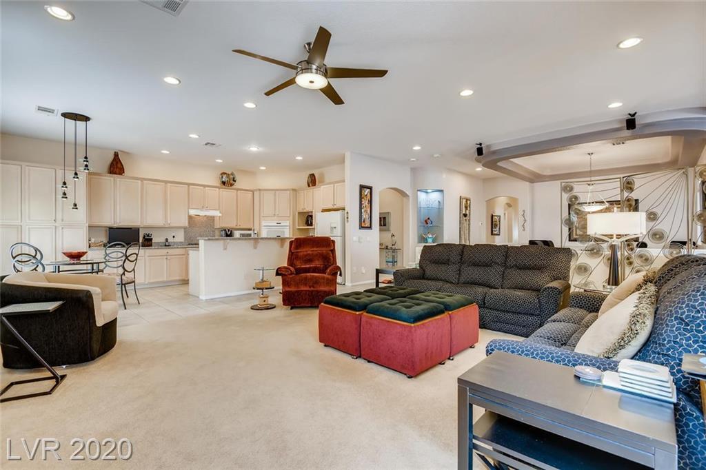 10425 Realm Way Property Photo
