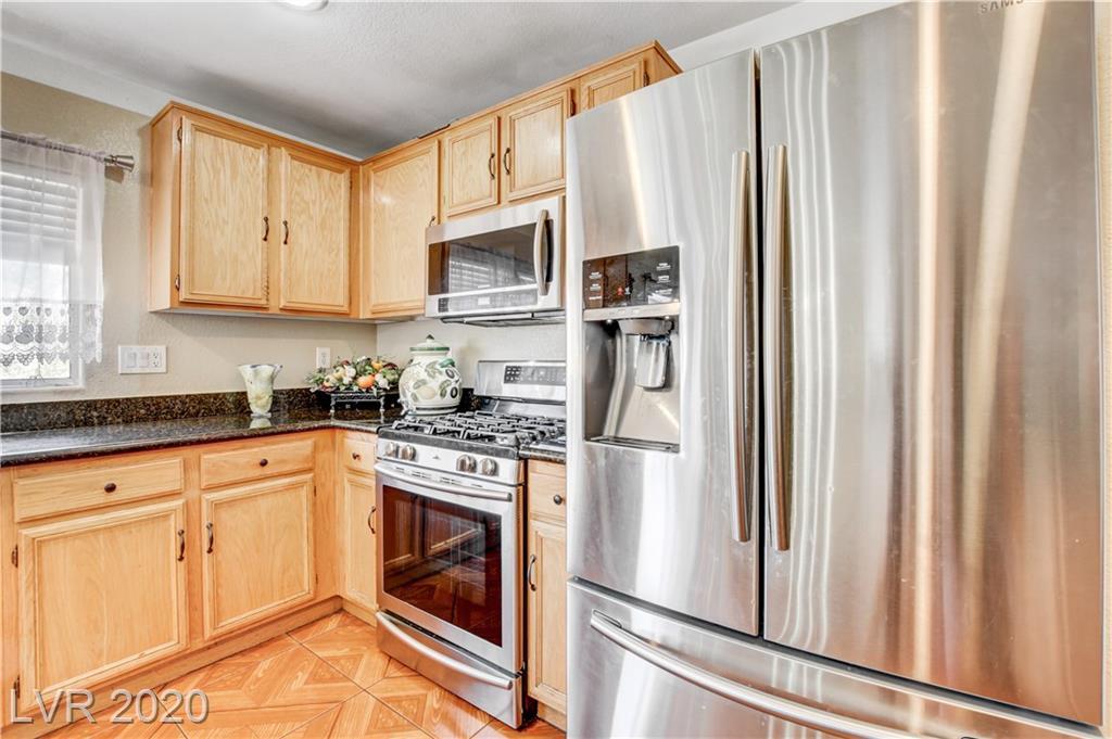 9772 Splendor Sky Avenue Property Photo