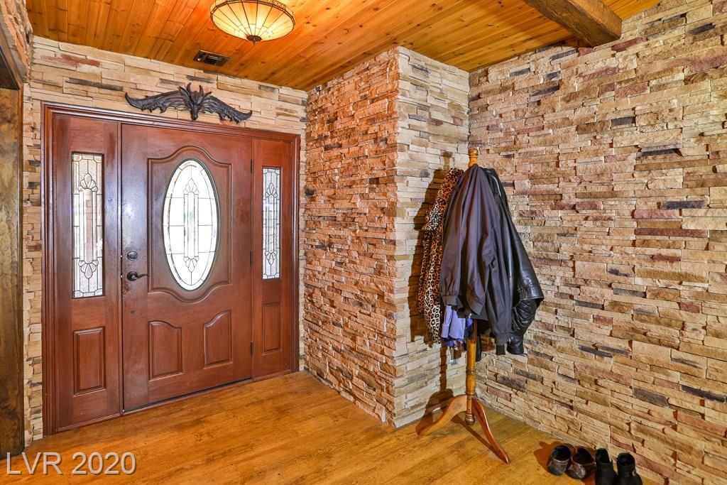 4674 SADDLE Place Property Photo - Las Vegas, NV real estate listing