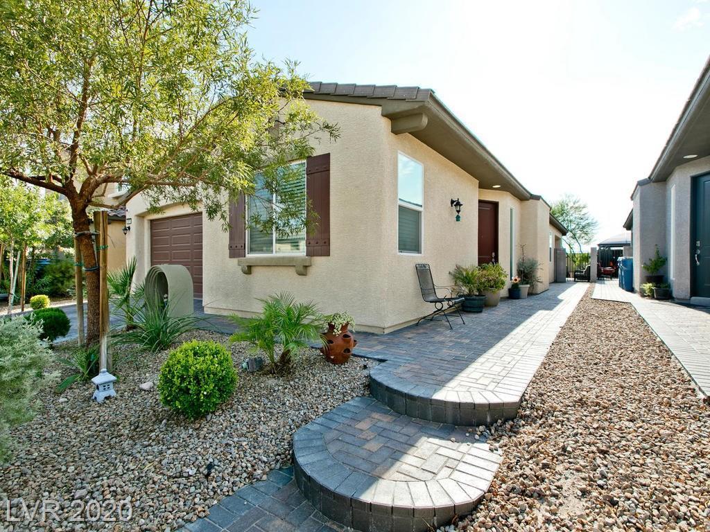 2875 Daylight Drive Property Photo - Las Vegas, NV real estate listing