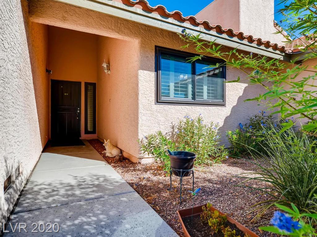 3637 Laguna Del Sol Drive Property Photo - Las Vegas, NV real estate listing