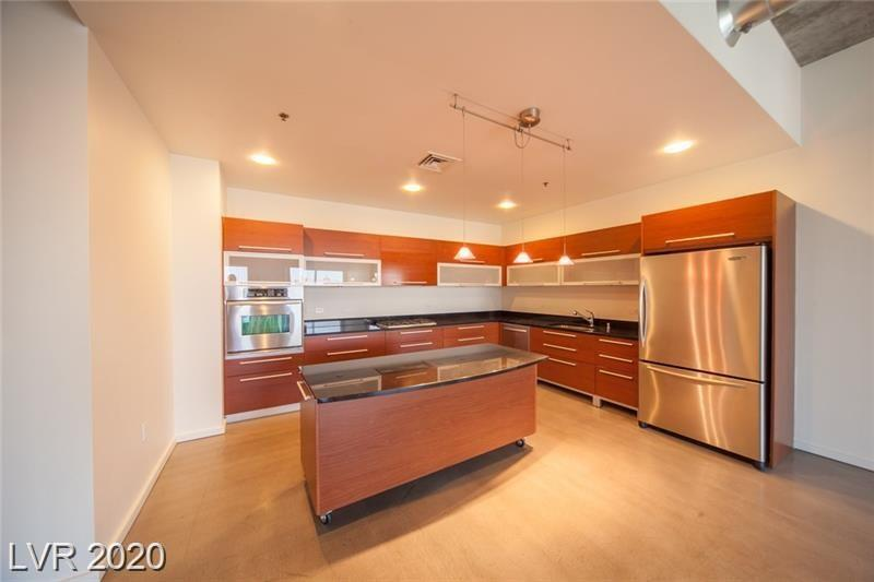 900 Las Vegas Boulevard #1216 Property Photo