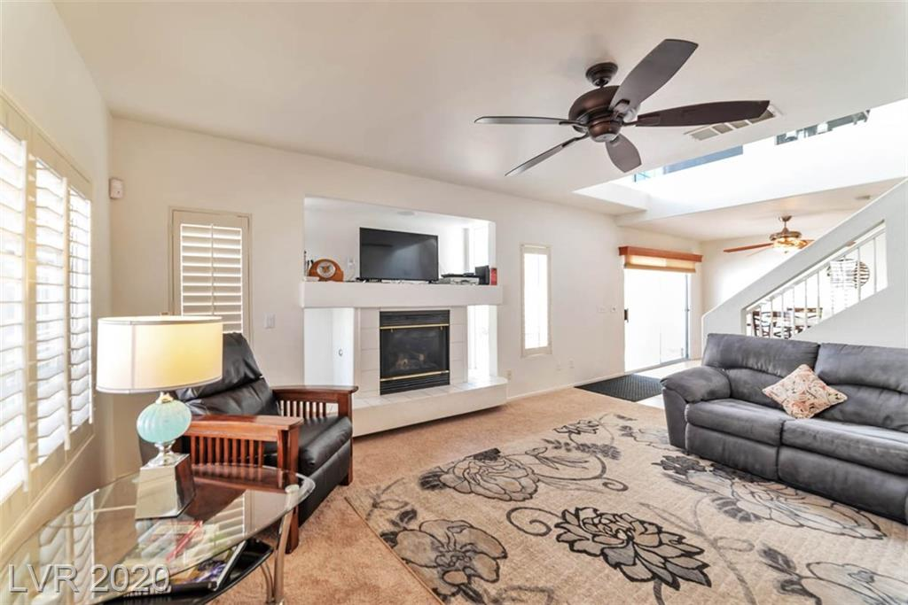 8812 Cornwall Glen Avenue Property Photo - Las Vegas, NV real estate listing