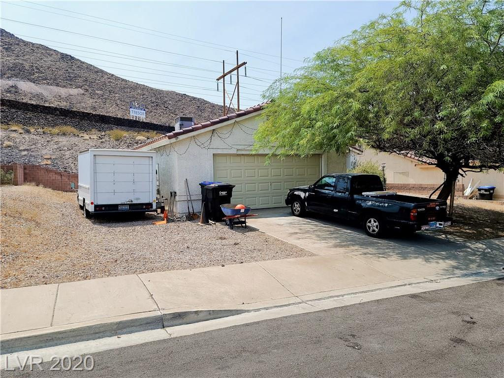 375 Eveningside Avenue Property Photo