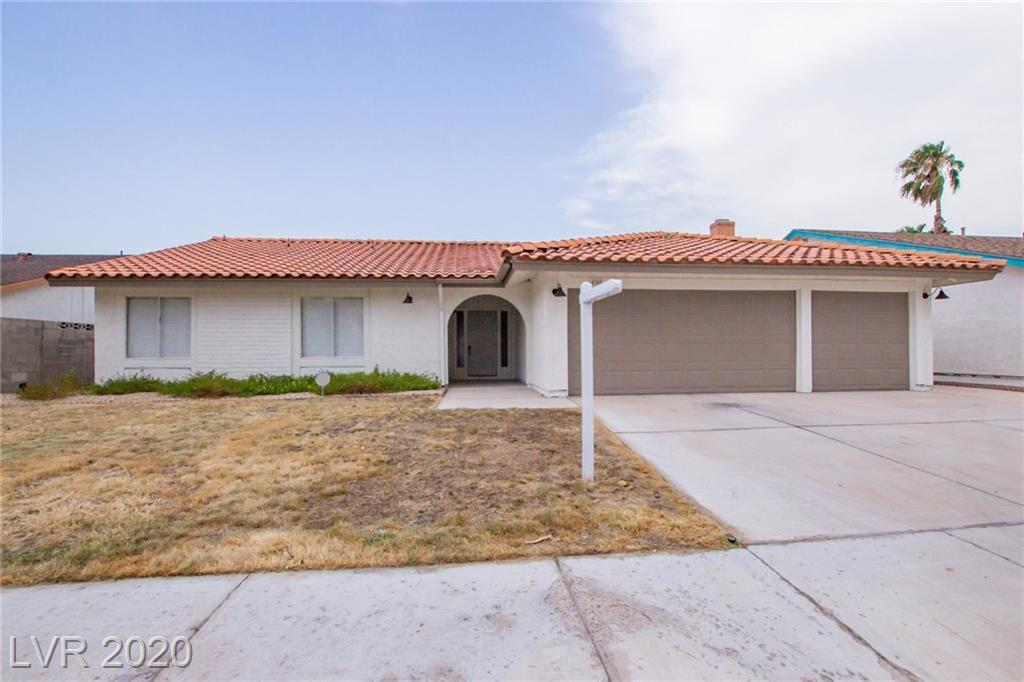 4762 Walteta Way Property Photo