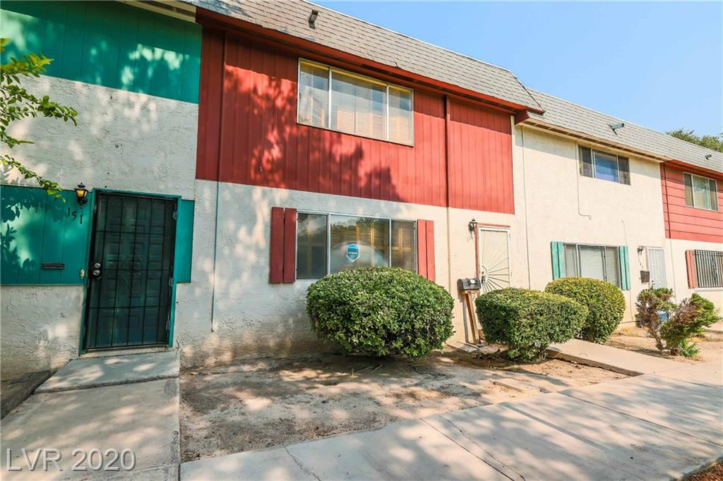 149 Greenbriar Townhouse Way Property Photo