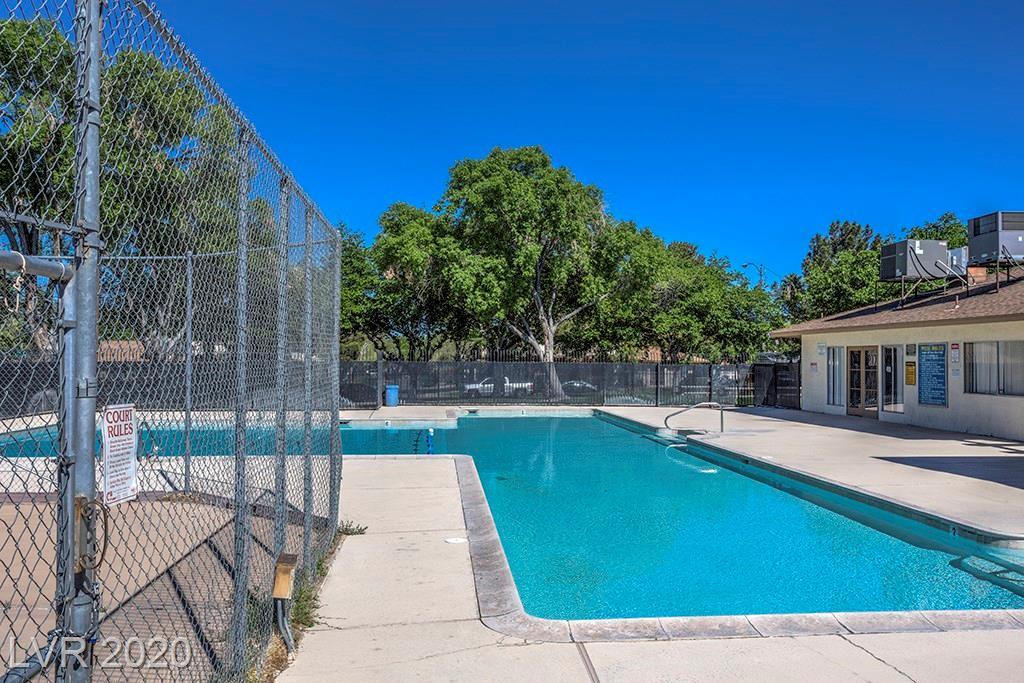 1497 Hialeah Drive #D Property Photo