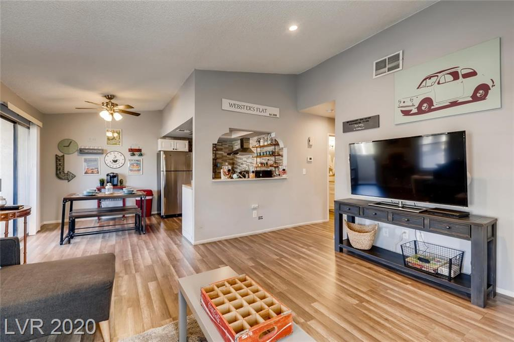 5048 Spencer Street #D Property Photo