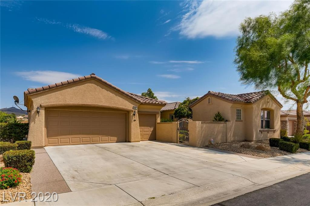 2741 Olivia Heights Avenue Property Photo