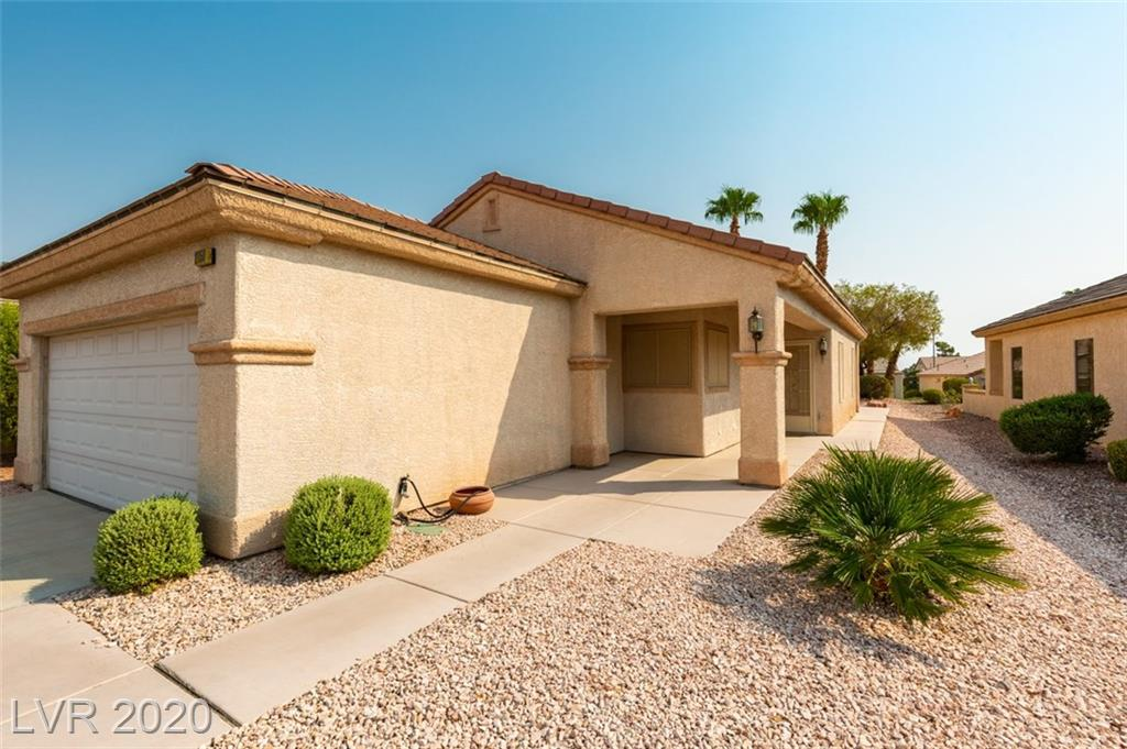 2150 Desert Woods Drive Property Photo