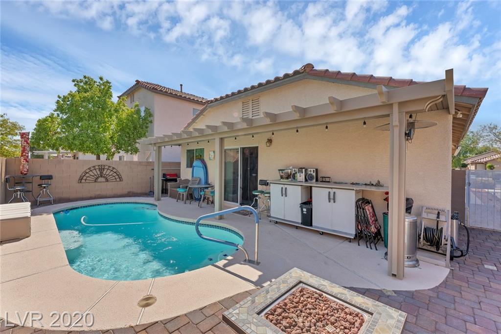 3088 Binaggio Court Property Photo - Las Vegas, NV real estate listing