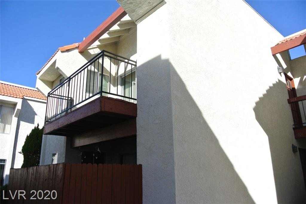 870 Avenue B #906 Property Photo