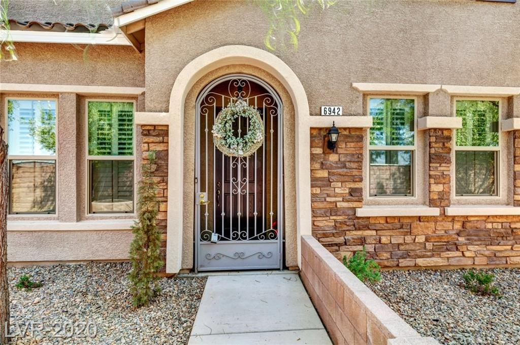 6942 Castle Mountain Avenue Property Photo - Las Vegas, NV real estate listing