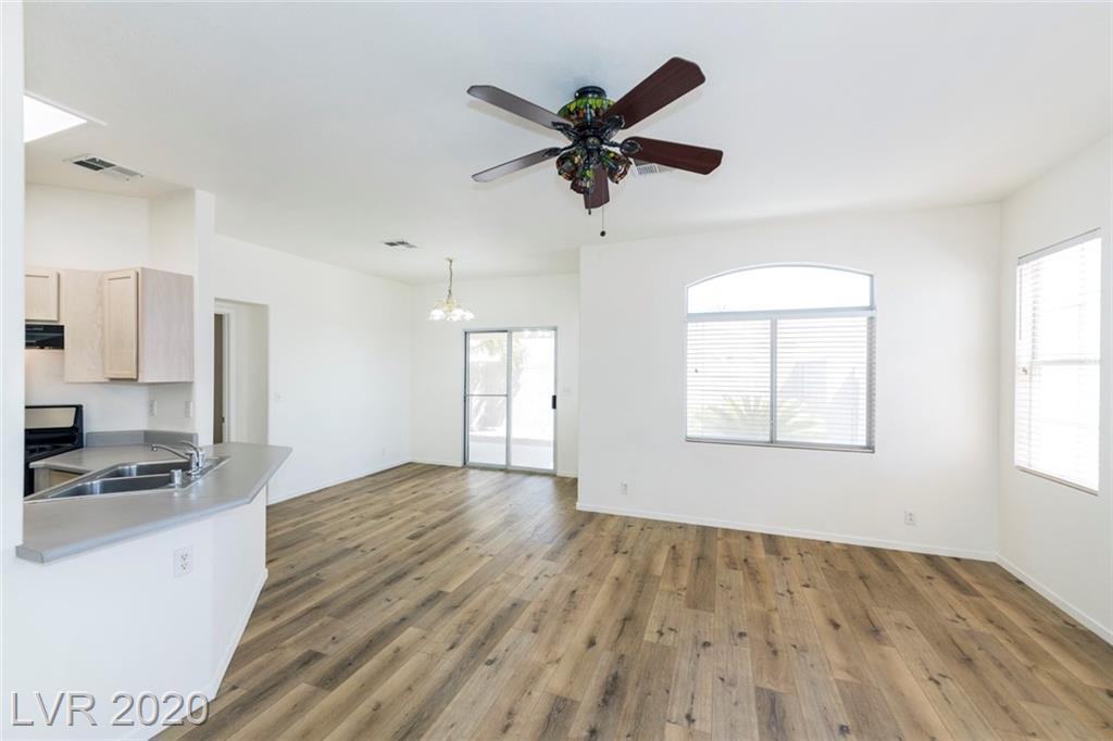 7220 Pinon Crest Court Property Photo - Las Vegas, NV real estate listing