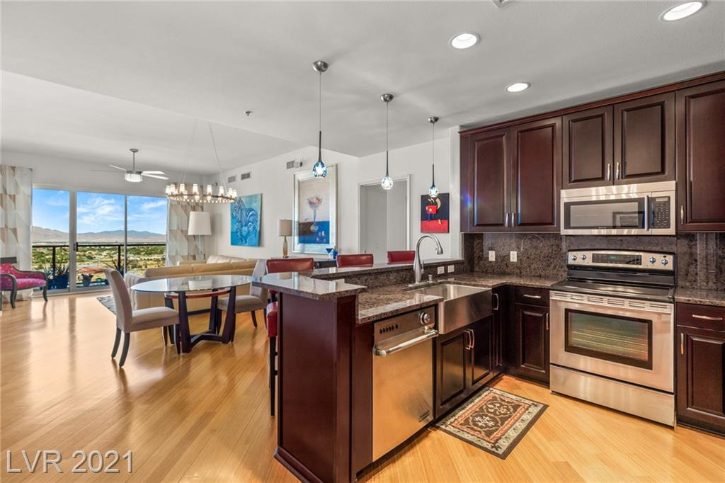8255 Las Vegas Boulevard #1505 Property Photo