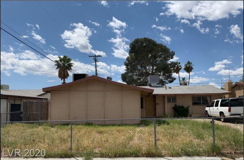 5805 Apple Valley Lane Property Photo - Las Vegas, NV real estate listing