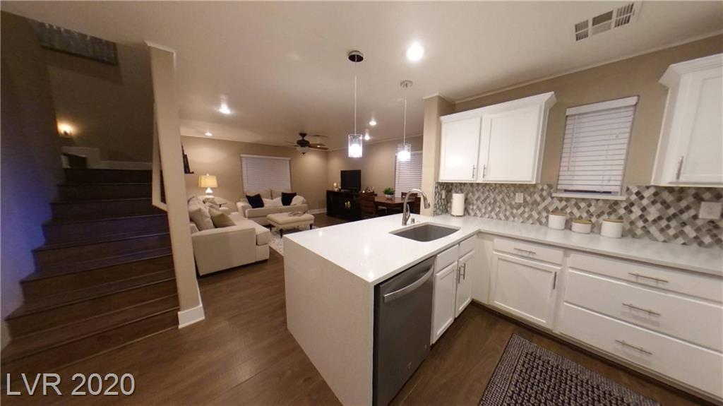 9131 Glennon Avenue Property Photo