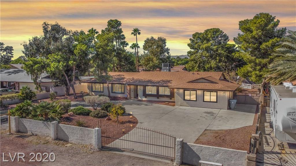 2667 S Torrey Pines Drive Property Photo