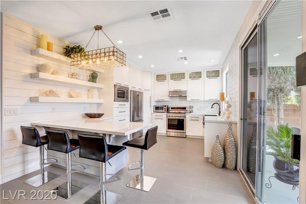 2410 Canberra Avenue Property Photo