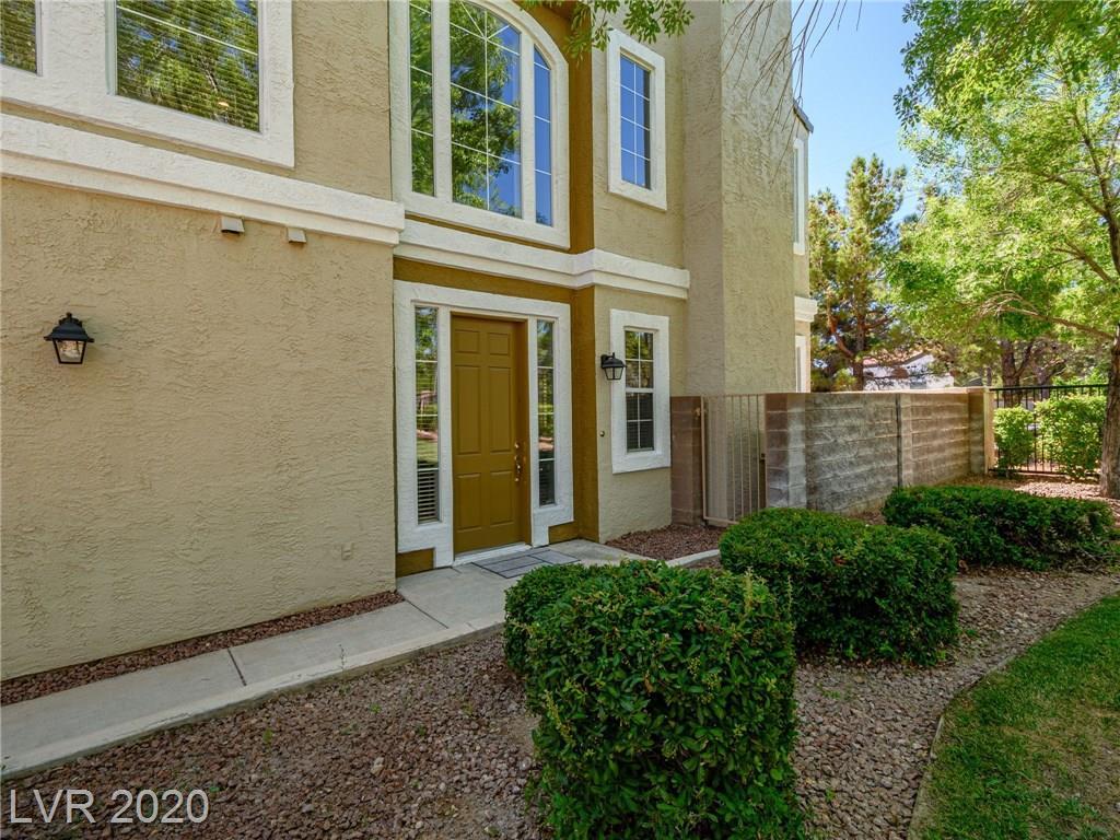 9145 Hampstead Avenue Property Photo