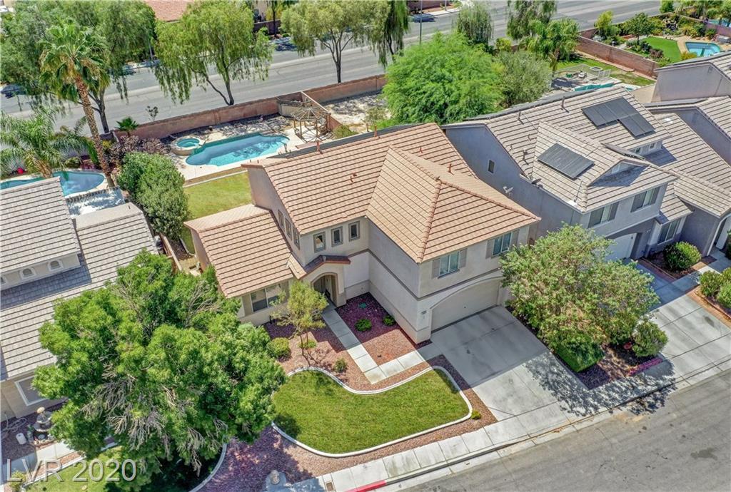 3821 Champagne Wood Drive Property Photo - North Las Vegas, NV real estate listing