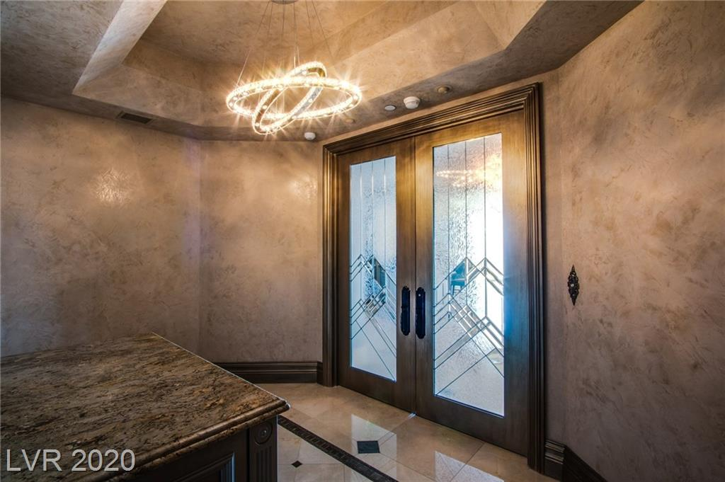 2857 Paradise Road #3203 Property Photo - Las Vegas, NV real estate listing