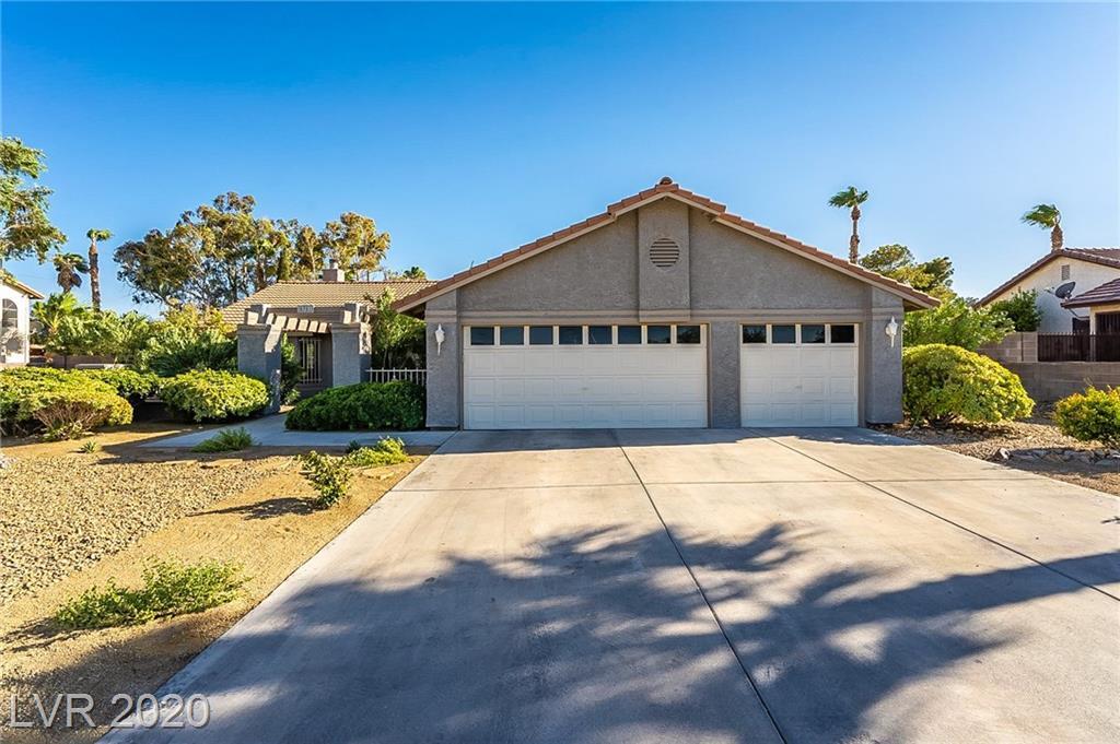 6781 Laredo Street Property Photo