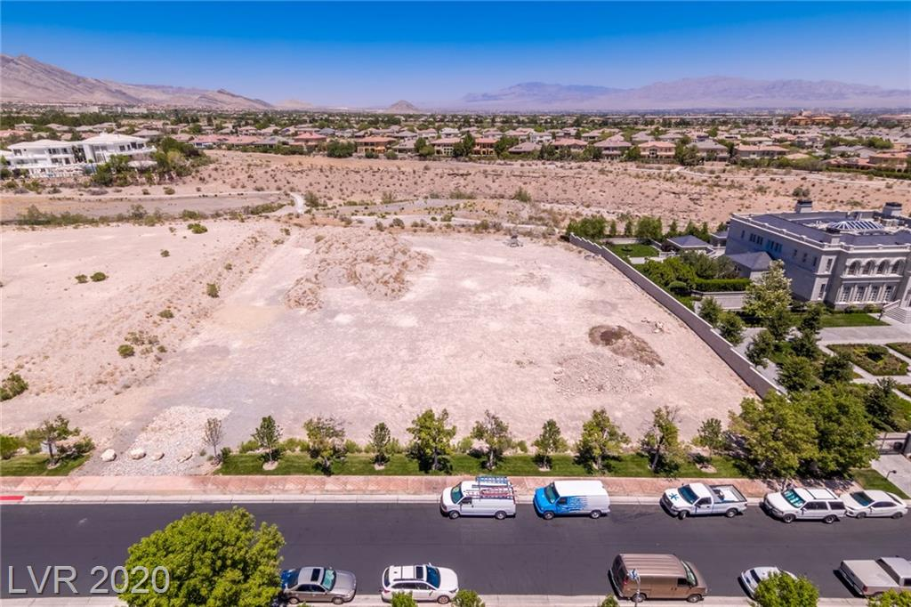 9408 Kings Gate Court Property Photo - Las Vegas, NV real estate listing