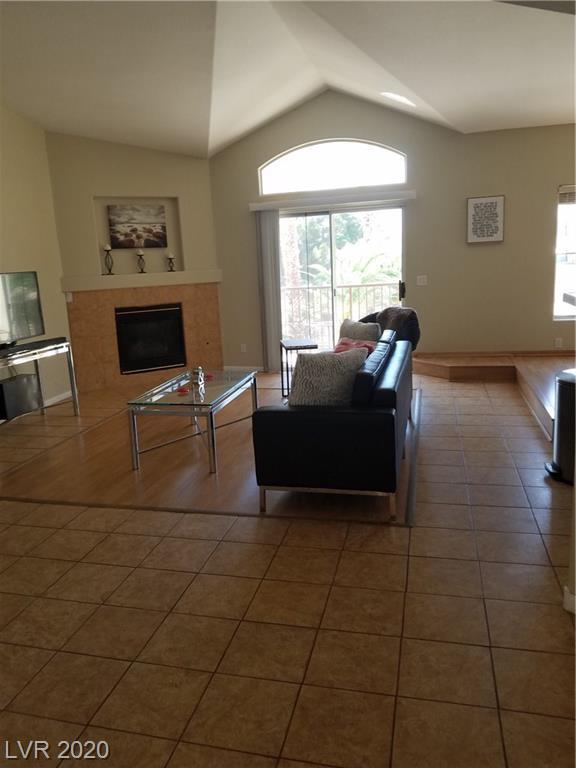 4911 Black Bear Road #204 Property Photo