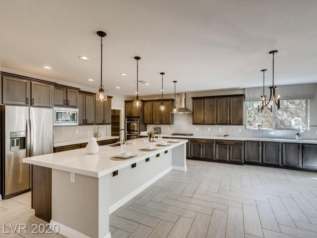 9724 Wildflower Vista Avenue Property Photo - Las Vegas, NV real estate listing