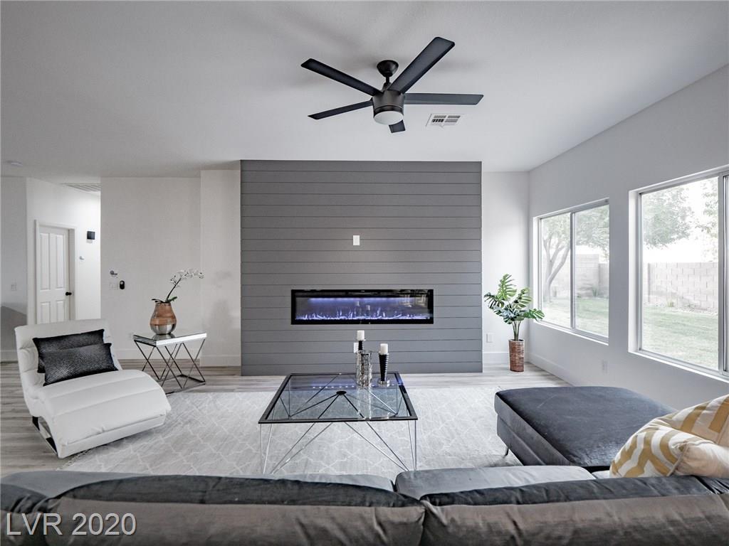 2884 Evergold Drive Property Photo