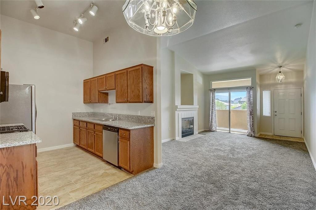 2305 Horizon Ridge Parkway #2221 Property Photo