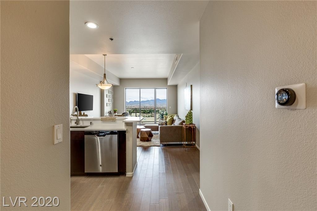 8255 Las Vegas Boulevard #1719 Property Photo