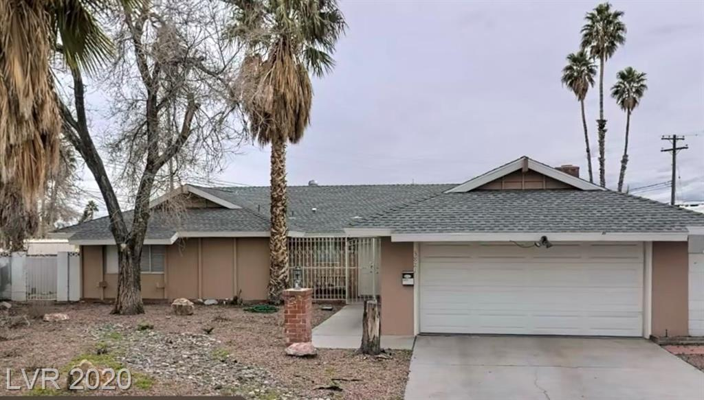 3821 Golf Lane Property Photo - Las Vegas, NV real estate listing