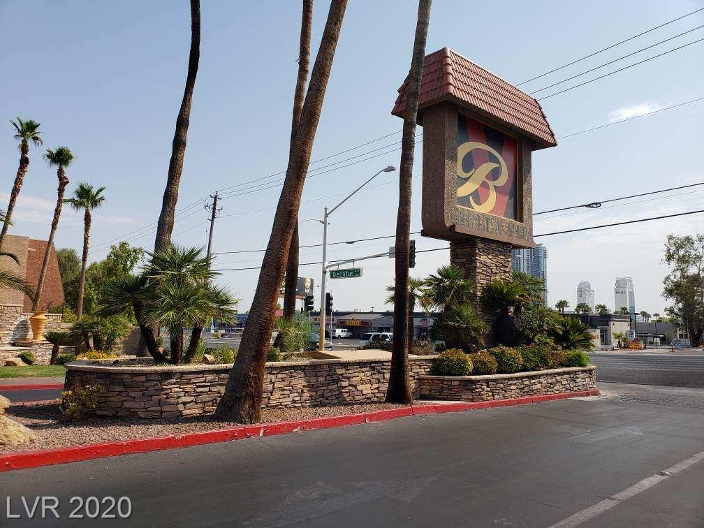 5152 River Glen Drive #463 Property Photo