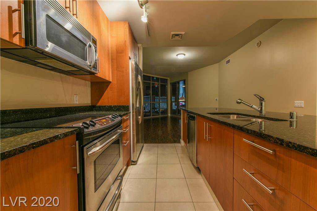 200 W SAHARA Avenue #1511 Property Photo