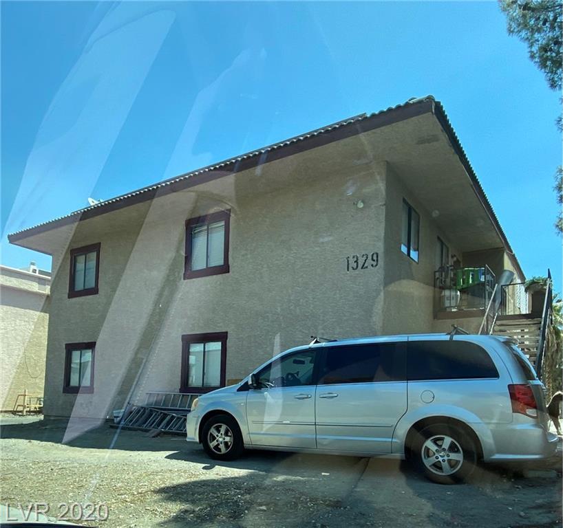 1329 Kari Lee Court Property Photo - Las Vegas, NV real estate listing