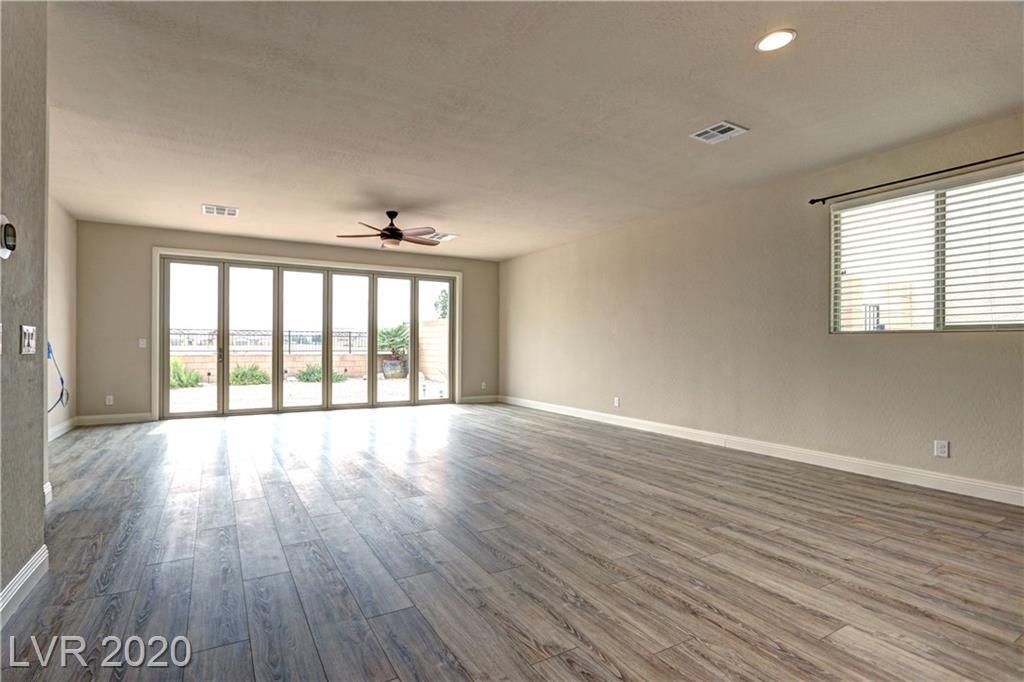 962 Whitworth Avenue Property Photo