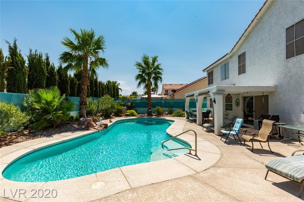 7866 Cliffs Edge Circle Property Photo - Las Vegas, NV real estate listing