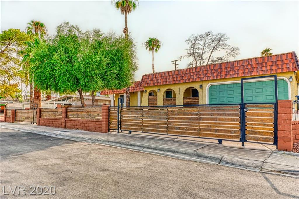 3315 Seminole Circle Property Photo - Las Vegas, NV real estate listing