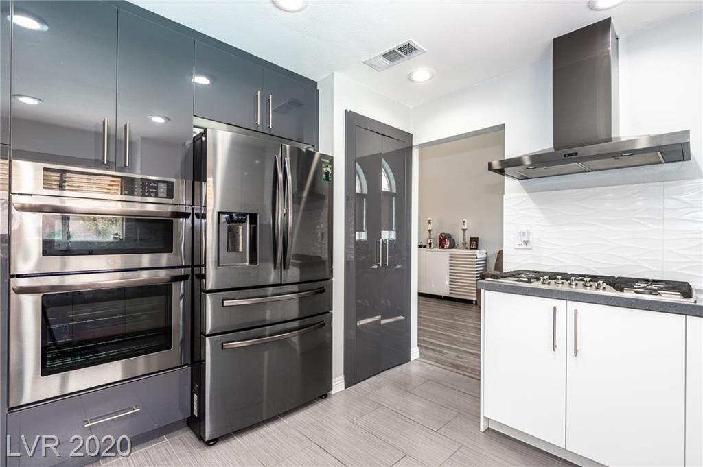 3817 RED COACH Avenue Property Photo - North Las Vegas, NV real estate listing
