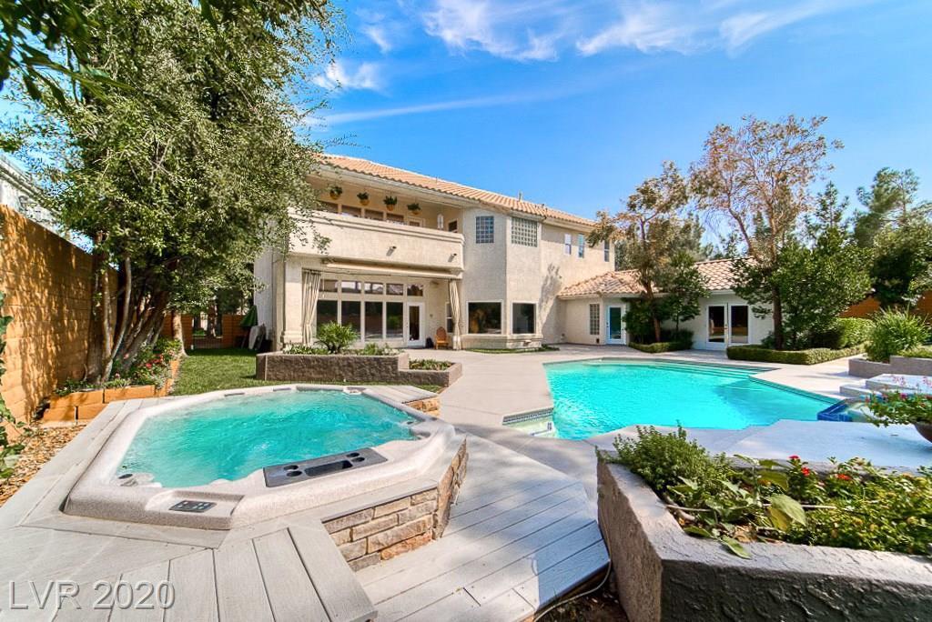 1501 Golden Oak Drive Property Photo