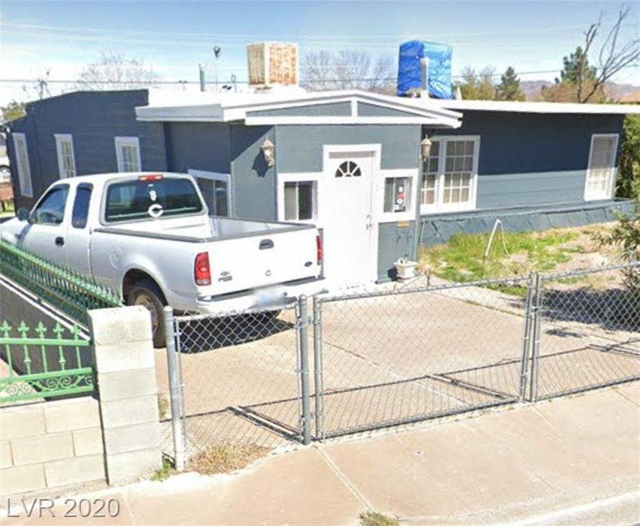 323 Kansas Avenue Property Photo