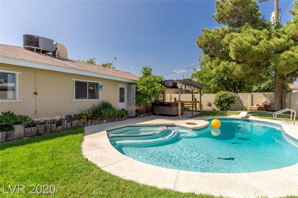3904 El Conlon Avenue Property Photo - Las Vegas, NV real estate listing