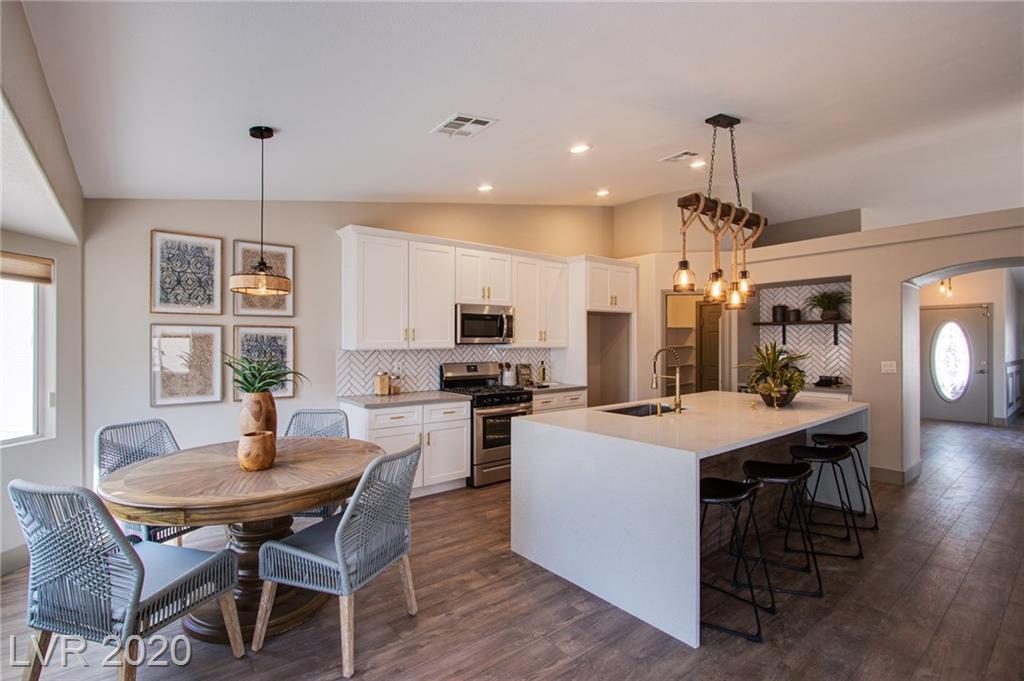 5705 Negril Avenue Property Photo
